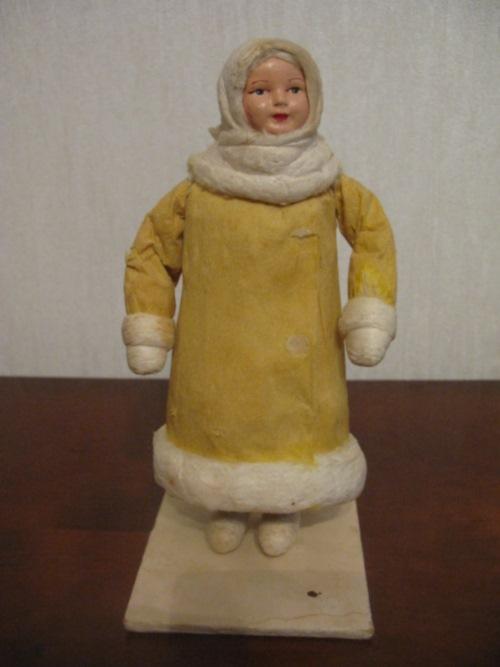 Кукольная девочка-якутка 70-х годов — 35 000 рублей.