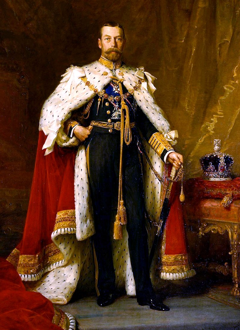 George V in coronation robes (около 1911)