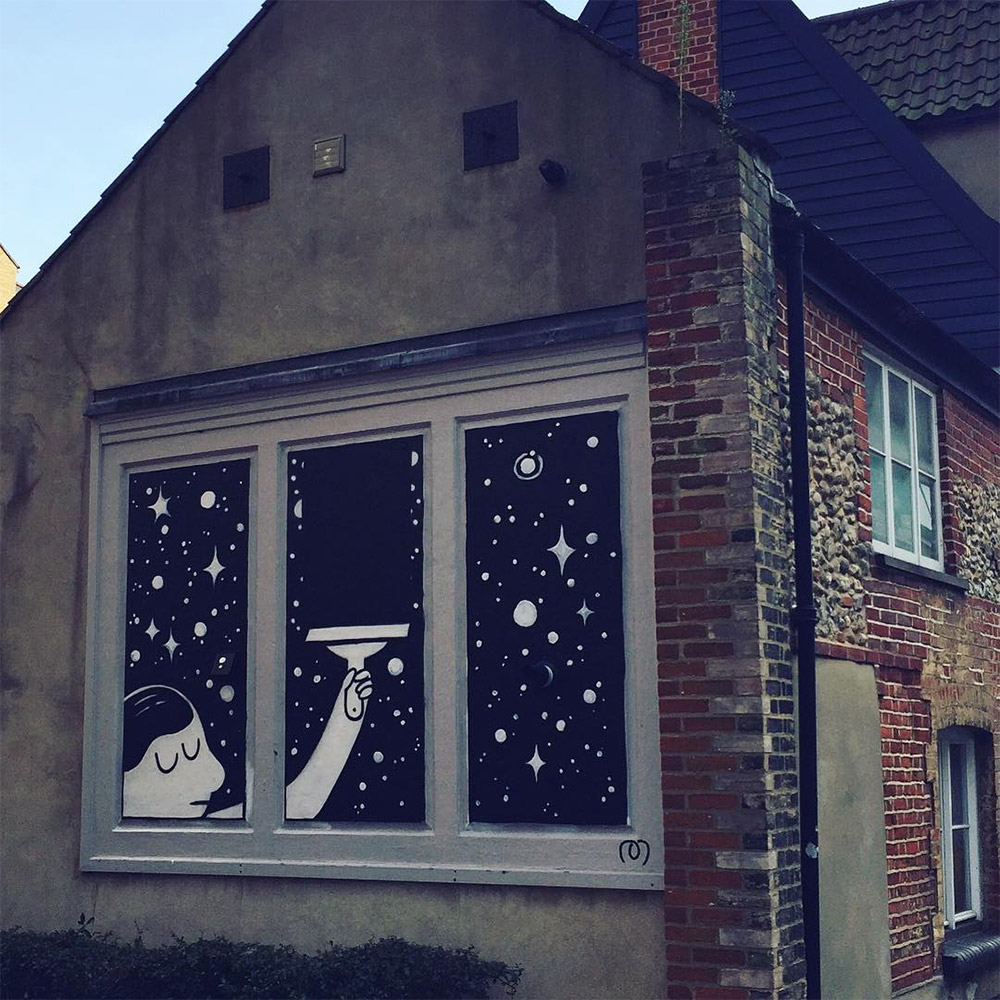 The Playfully Cynical Murals of 'Muretz'