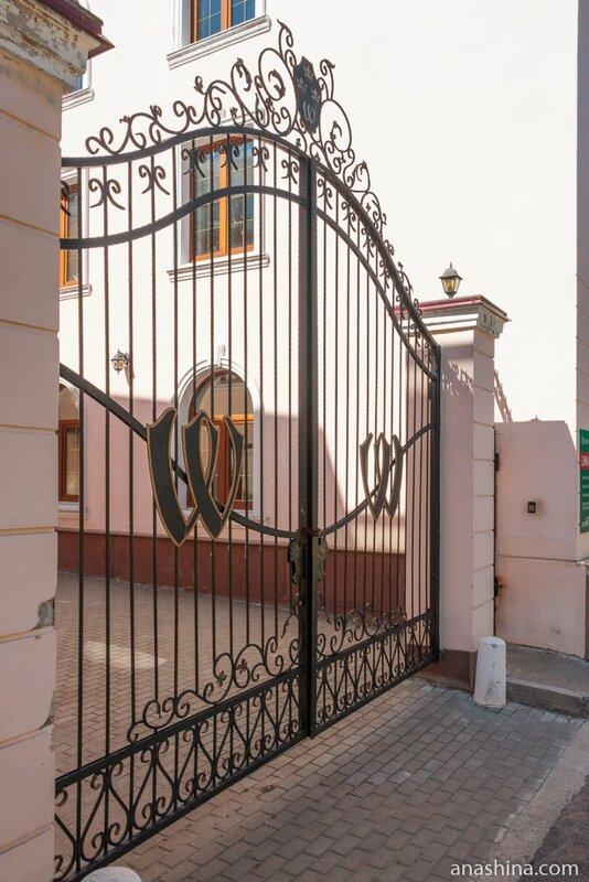 Ворота дома по адресу Краснофлотская ул., 4а, Выборг