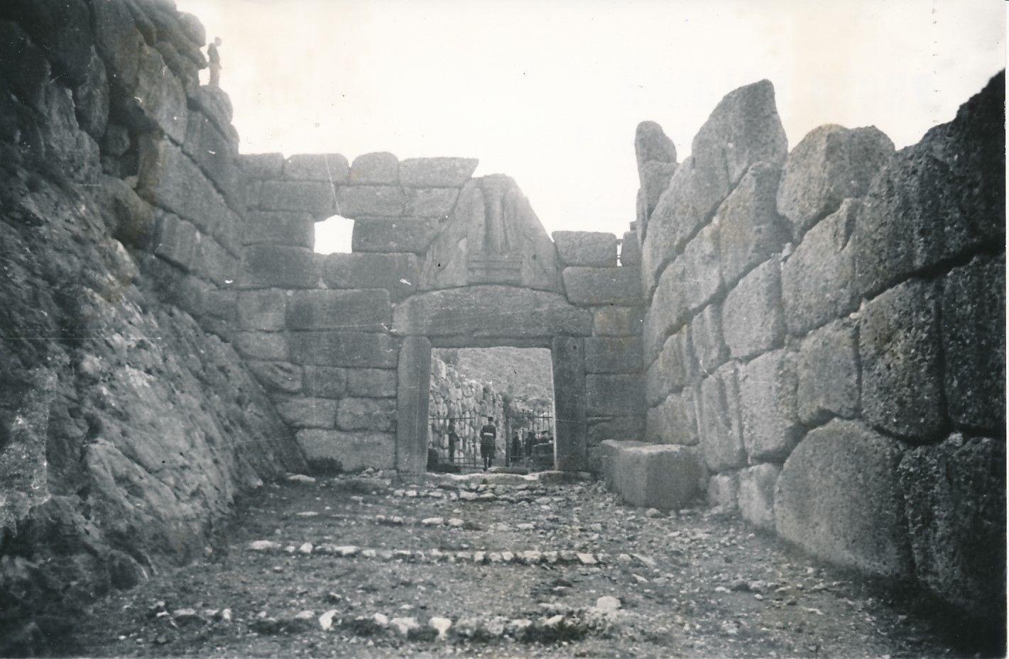 1950. Микены. Львиные врата