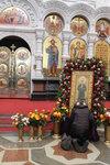 Паломничество к иконе Матроны Московской.