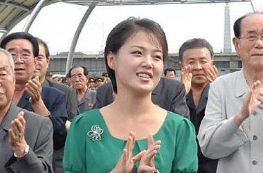 диктатор жена Ким Чен Ын первая леди Северная Корея супруги