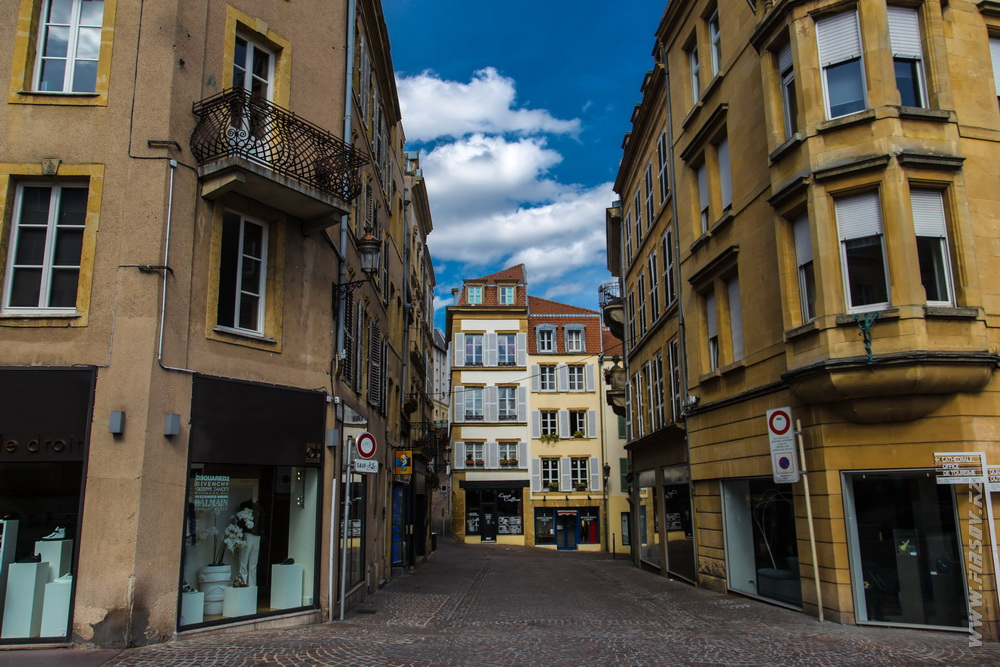Metz 4.JPG