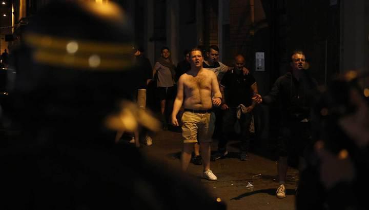 Вместо тысячи слов. В Италии недовольные фанаты избили футболистов своей команды
