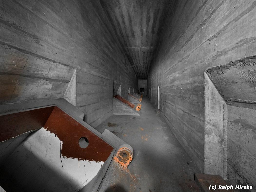 Германия: Упущенные возможности начинается, бункера, помещения, Внутри, через, пустые, завода, весьма, гермодвери, После, коридор, землю, несколько, объект, бункер, более, длинный, можно, лестница, внутрь