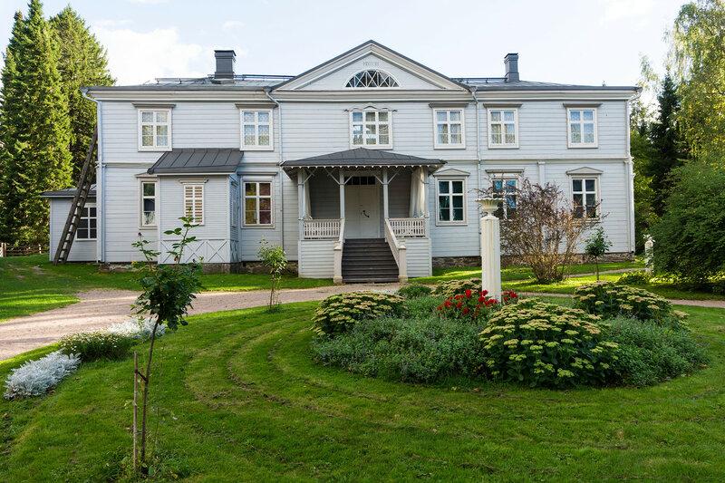 деревянная усадьба Ураярви (Urajarvi manor)