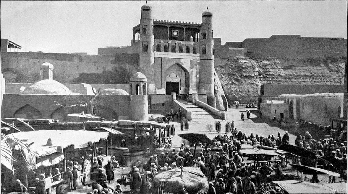 Бараний базар на площади Регистан перед Цитаделью бухарского эмира