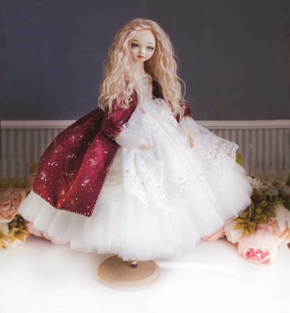 Princesses-World-Beautiful-Handmade-Dolls-By-Marina-Safronova-5968c140cb548__880.jpg
