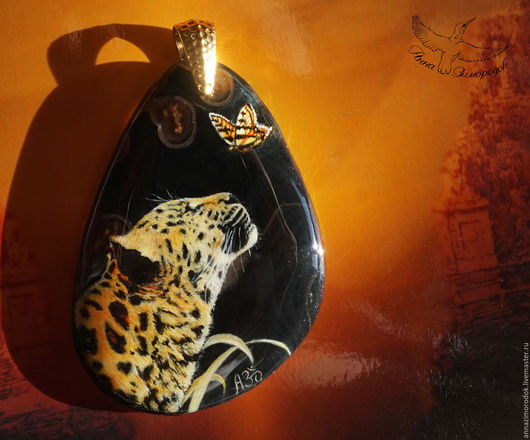 9cdc346f1a0ddf0942a6daa4594v--jewelry-painted-pendant-lacquer-miniature-leopard-butterfly-n.jpg