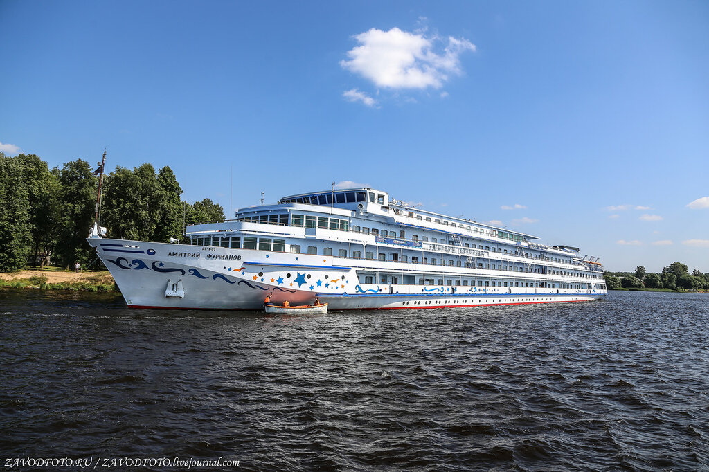 "And we are on a cruise again! Ida with us (in the post there are promotional codes for a big discount). Moscow, Kostroma, Uglich, Yaroslavl, Rybinsk, Kalyazin, Furmanov "", promotional code, PORRAVKRUIZ, discount, details, Dubna, we will, Myshkin, Koprino,"" Dmitry, cruise, decided which route"
