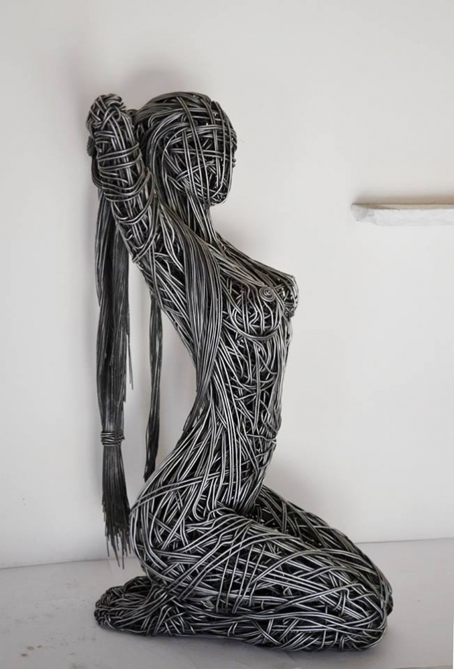 © Wire Sculpture by Richard Stainthorp / facebook.com
