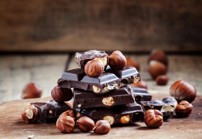 © depositphotos     Помимо того что шоколад улучшает настроение ипомогает справиться сс