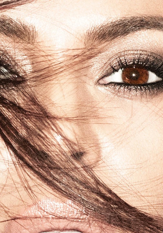 Ким Кардашьян в Allure Magazine