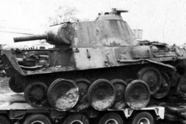 Как немецкий дедушка хранил танк у себя в подвале