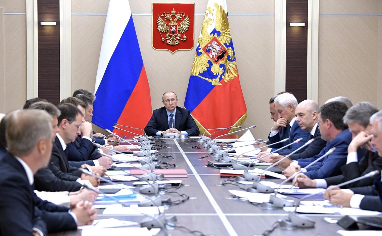 Совещание с членами правительства 28 июля 2017 года, года Московская область, Ново-Огарёво(1280)