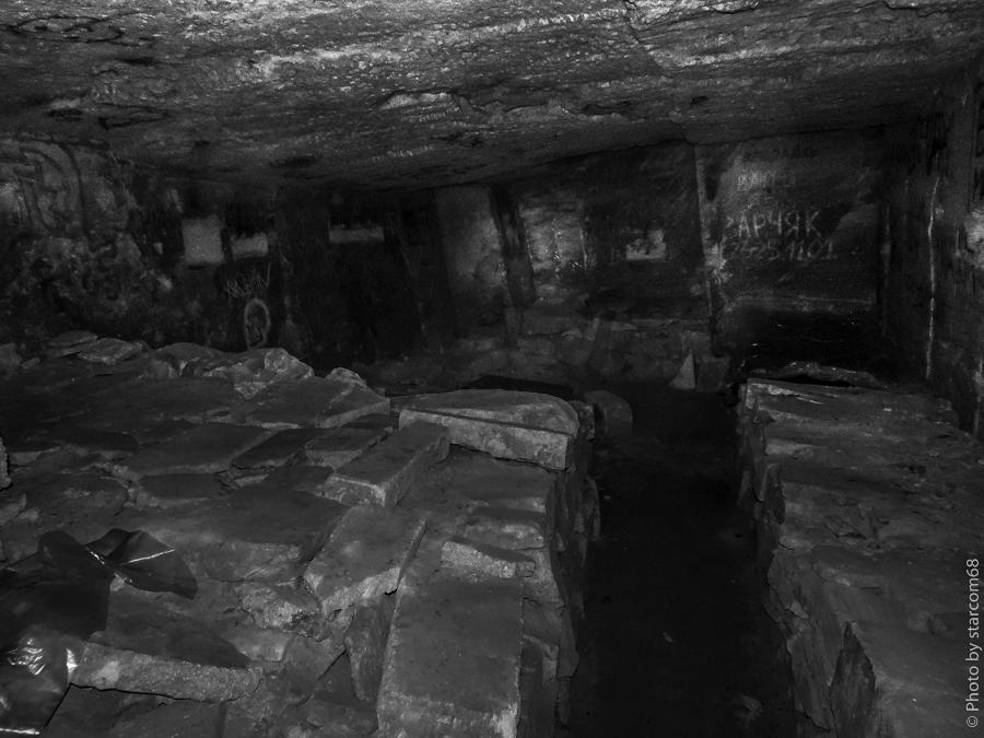 Ак-Монайские каменоломни