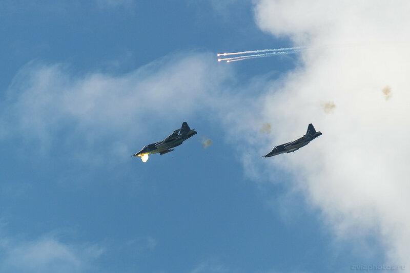 Сухой Су-25СМ (RF-92258 / 12 синий) ВКС России 250_D801282a