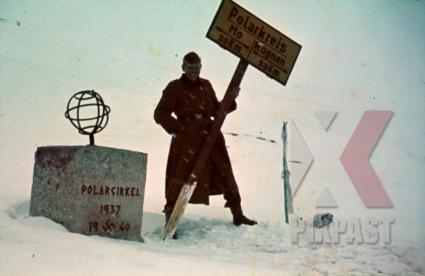 stock-photo-ww2-color-norway-german-soldier-1940-with-sign-post-for-polar-circle-mo-kognan-8005.jpg