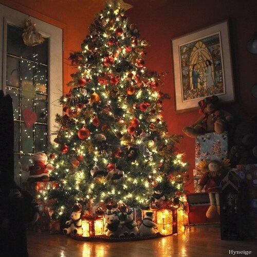 Christmas decorations interior design tree lights 009.jpg