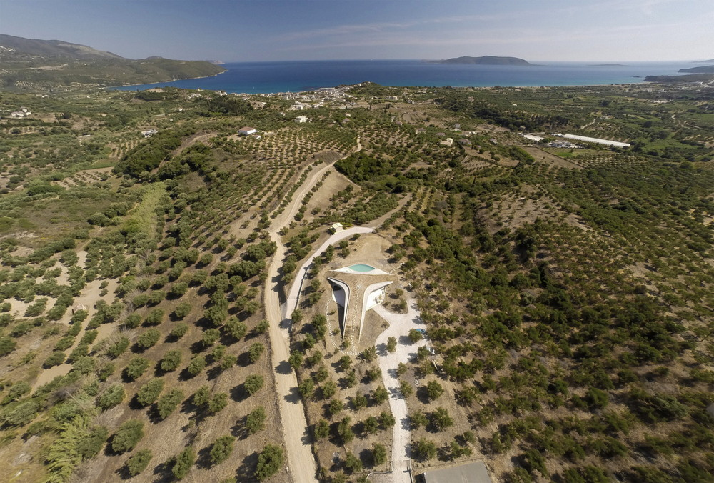 Современная вилла в Греции
