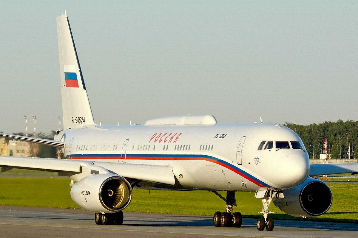 Туполев Ту-214СУС. Россия - СЛО.  RA-64524.