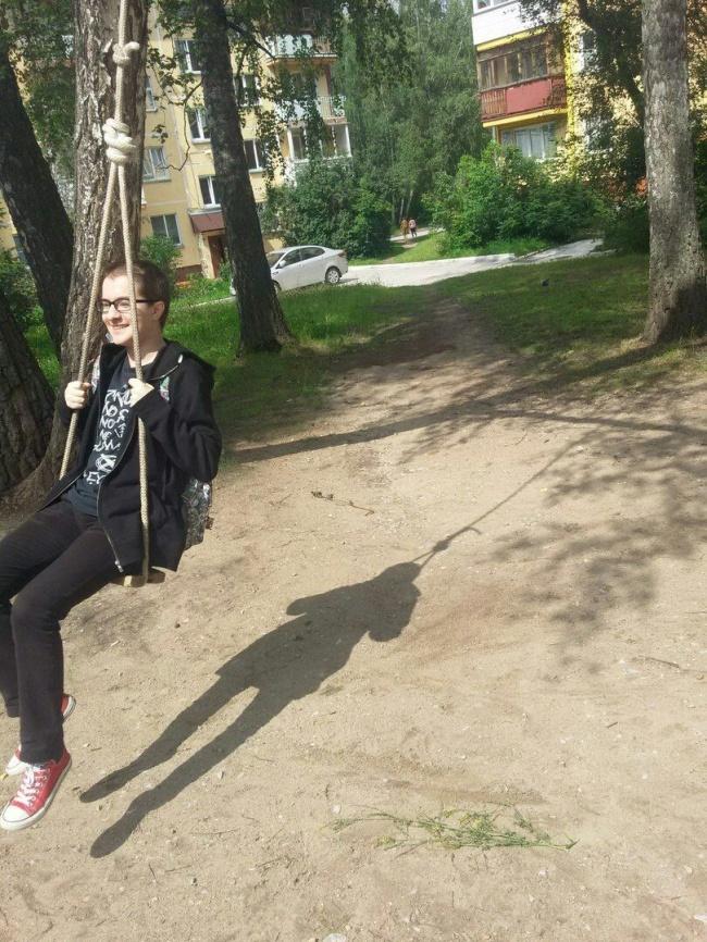 © lolsnaps.com   Эта тень, словно паук, поджидает свою жертву