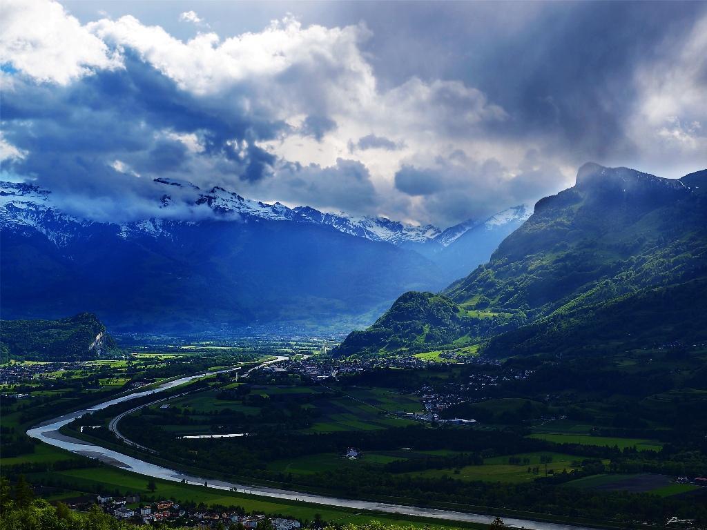 4. Лихтенштейн. (Фото: paul bica / flikr.com) Это одна из самых богатых стран в мире. Низкие налоги