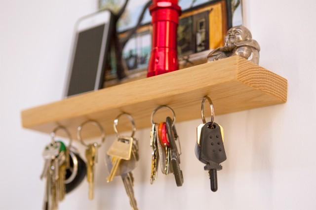 Magnetic Minimalist Key Rack