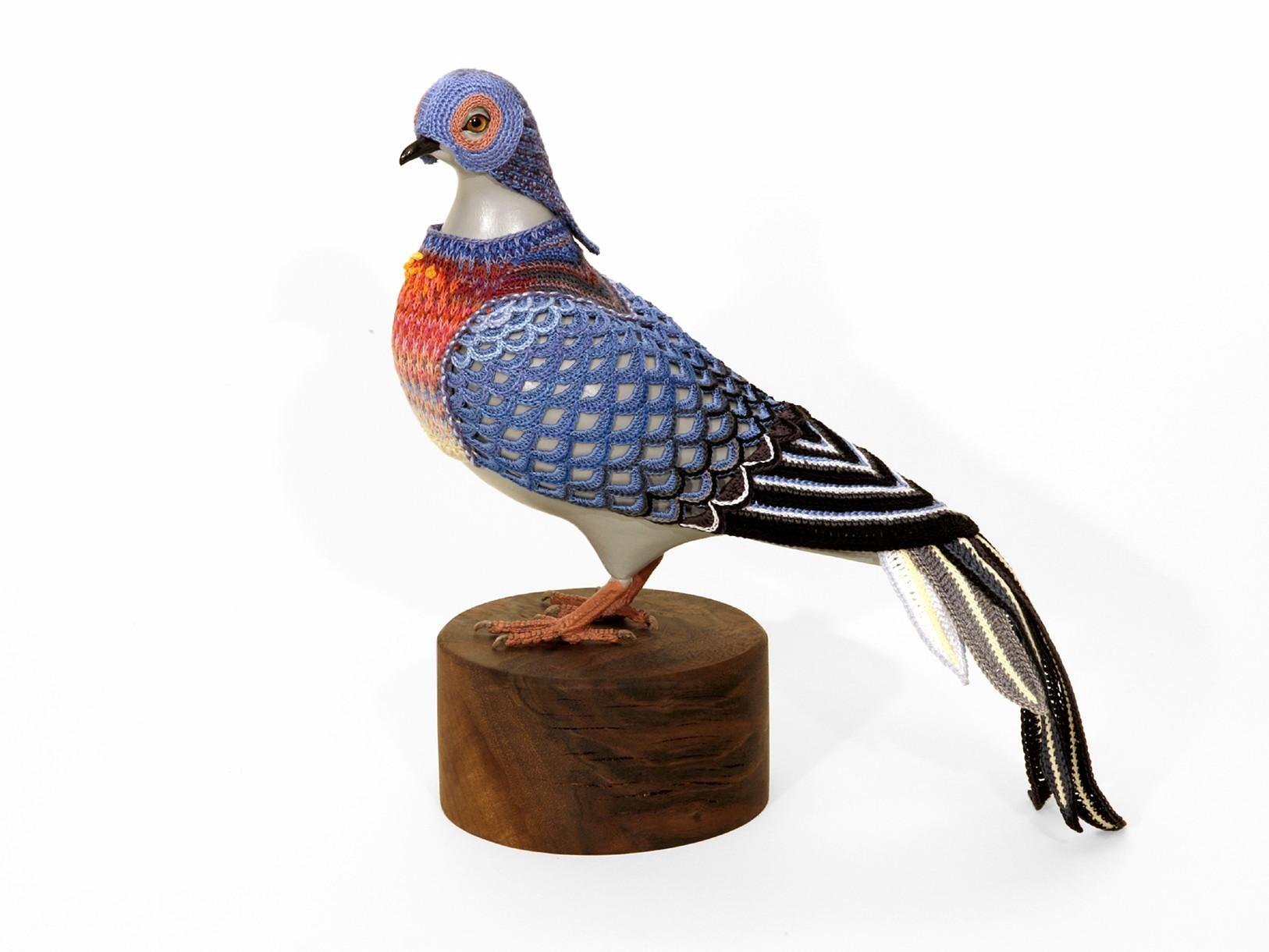 Passenger Pigeon II, 2014. Crocheted yarn, handmade pigeon mannequin, walnut stand.