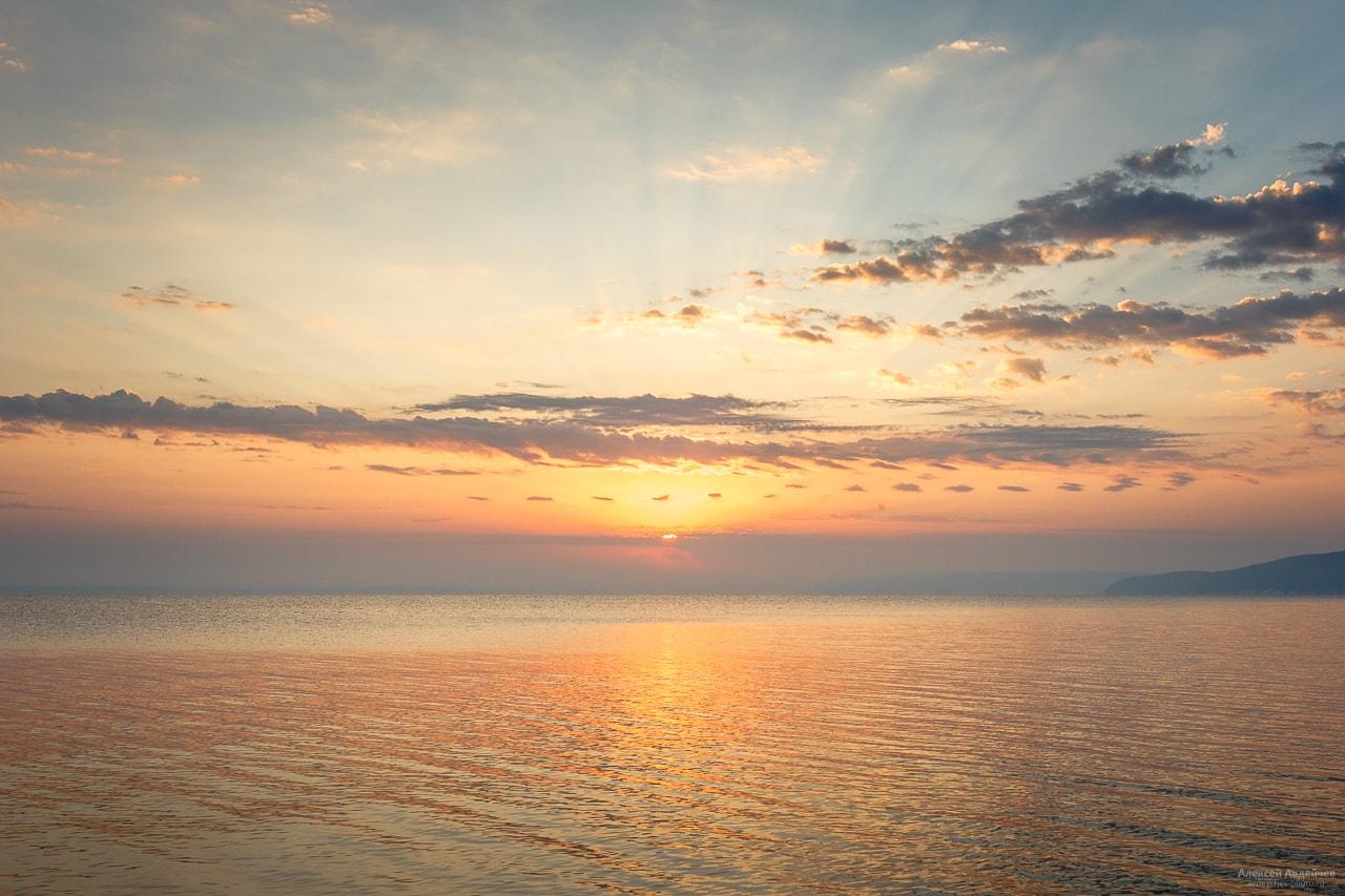 Рассвет на Жигулёвском море