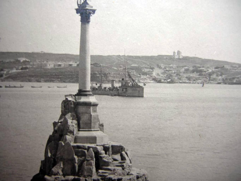 1920. Памятник затопленным кораблям