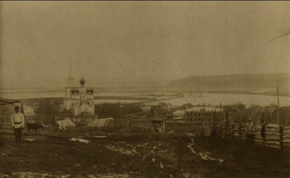 Вид с. Ильинского с восточной стороны