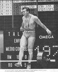 0tMIQZEUIGo.Яан Тальтс на Олимпийских играх 1968 года в Мехико уступил золотую медаль Каарло Кангасниеми, однако в толчке он сумел установить новый мировой рекорд 197,5 кг. Вескат 90кг..jpg