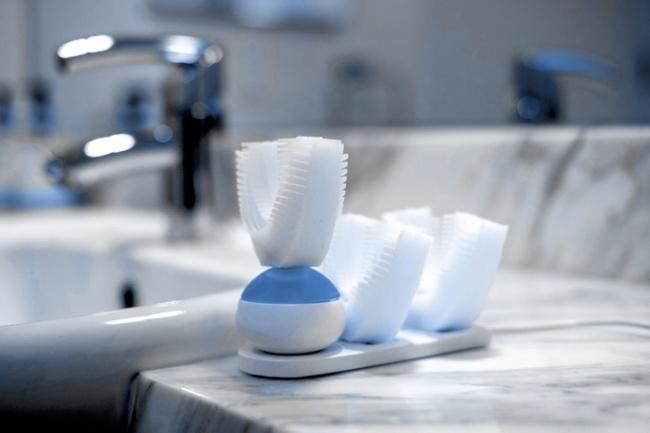 © indiegogo  Amabrush — автоматическая зубная щетка, позволяющая почистить зубы за10секунд.