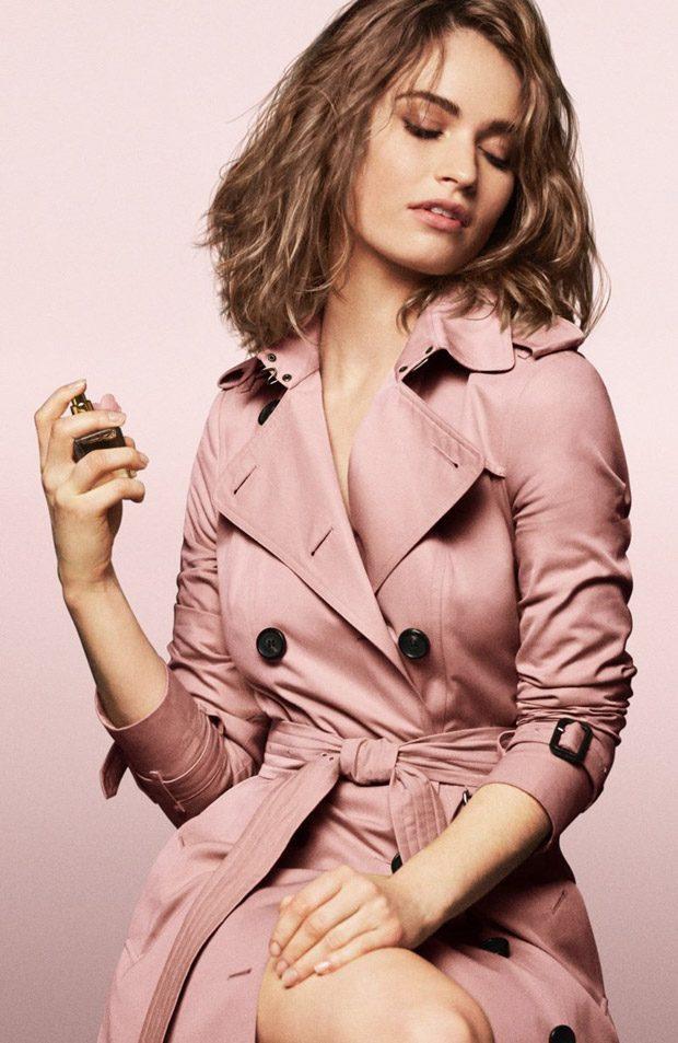 """Лили Джеймс в рекламе аромата """"My Burberry Blush"""""""