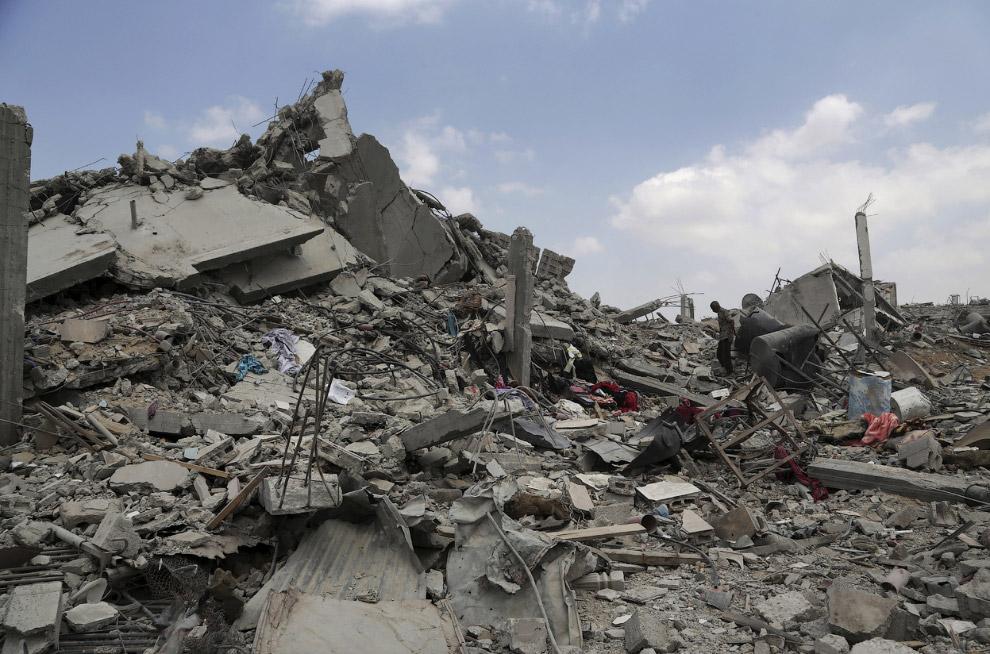 13. Палестинцы — часть арабского народа, проживающая на территории исторической Палестины на Западно