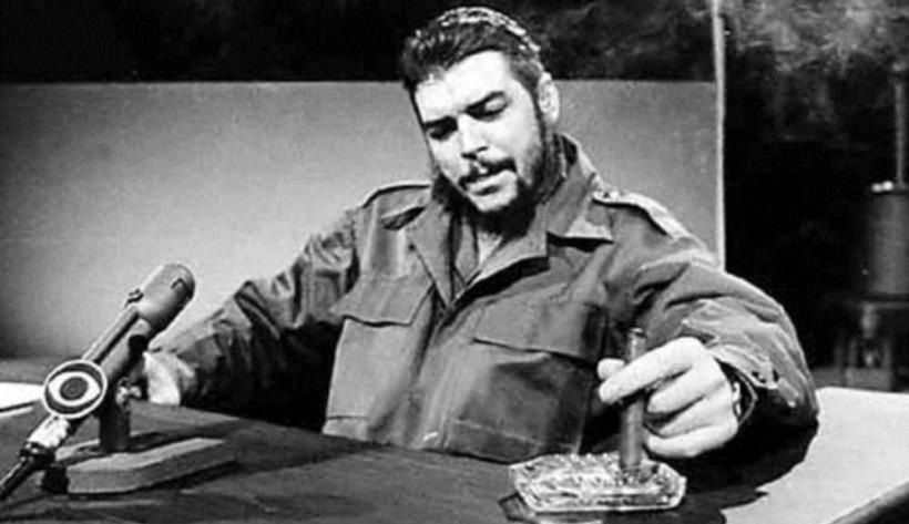 Эрнесто Че Гевару расстрелял сержант боливийской армии Марио Теран, который вытащил коротку