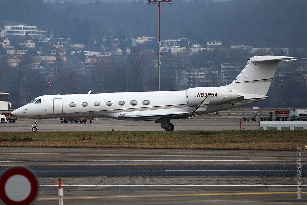 Gulfstream_G550_N838BA_Private_1_ZRH.JPG