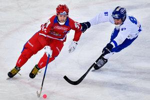Матч 1/2 финала чемпионата мира по хоккею с мячом - 2018: Россия - Финляндия - 8:2