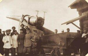 Н.Г. Славянов с группой инженеров Пермских пушечных заводов у пушки. Конец XIX в.