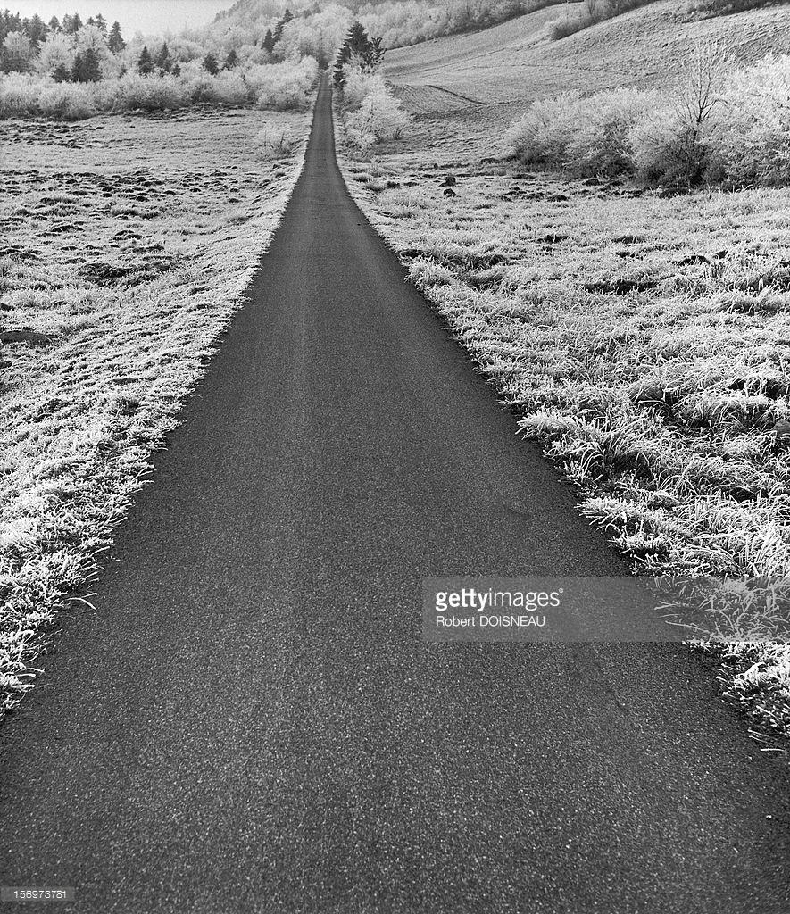 1947. Дорога рядом с Лаффре