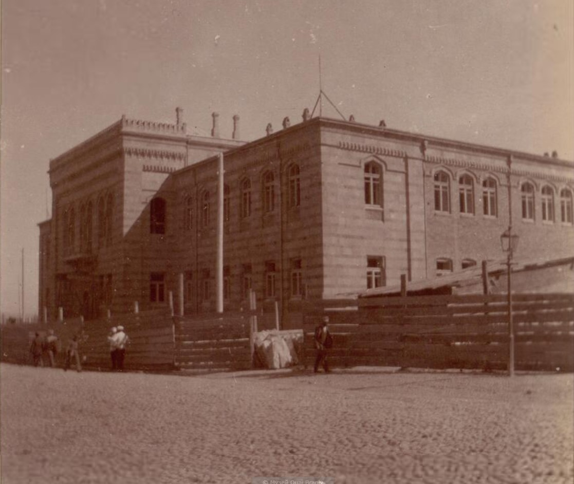 33. Баку. Школа