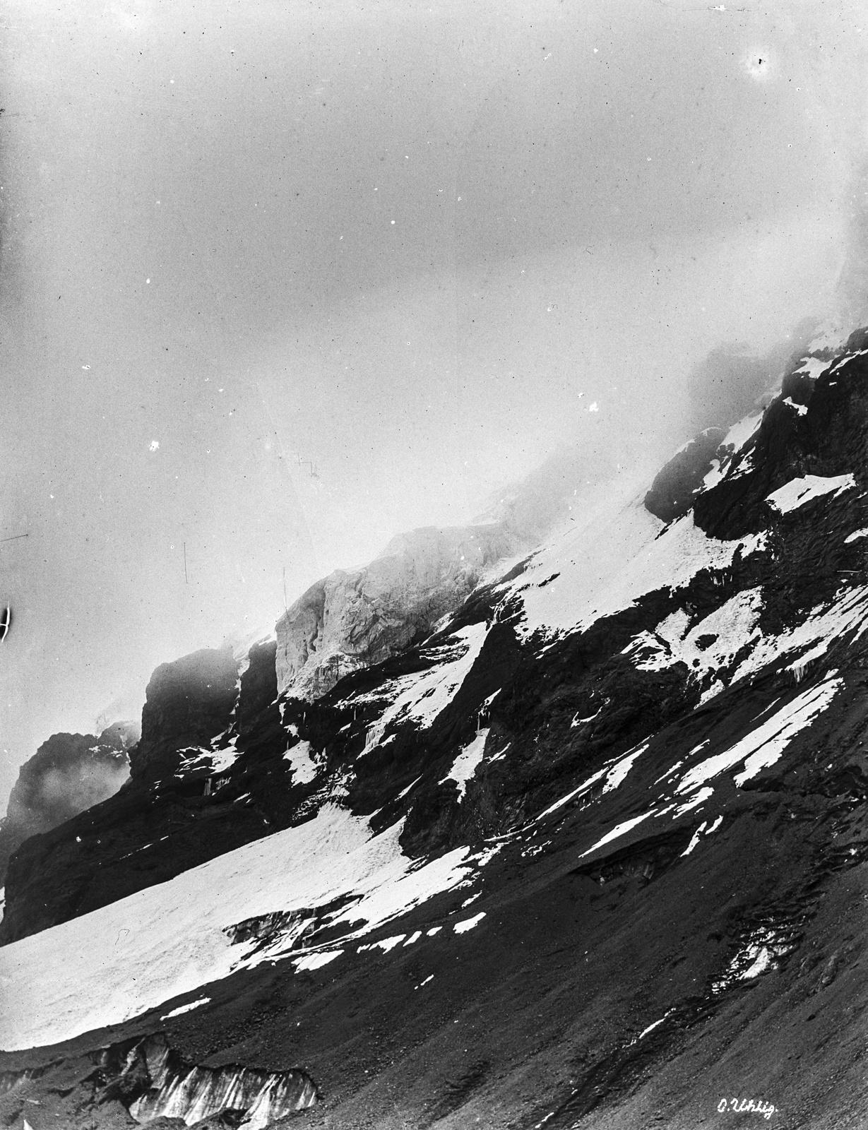 159. Снежный горный пейзаж на Килиманджаро