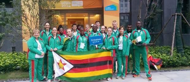 """10 лет каторги от Мугабе: """"Мы потратили государственные деньги на этих крыс, которые называют себя спортсменами"""": Олимпийскую сборную Зимбабве арестовали за отсутствие медалей, - СМИ"""