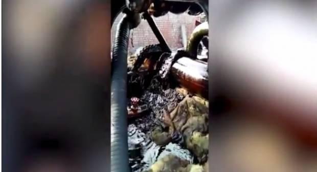 """""""Во всем мире радуются, а они жалуются"""": Сети порадовало видео с """"нефтяной водой"""" в РФ, что течет из крана"""