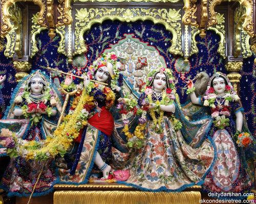 018 Sri Sri Radha-Gopinath  Lalita Vishakha 1280x1024