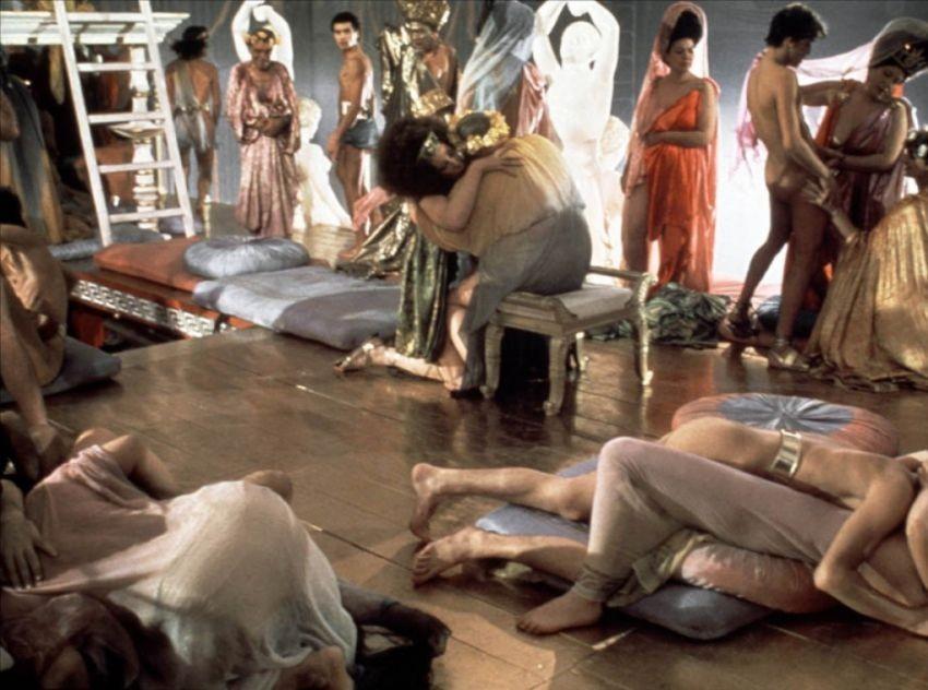 Калигула — Гай Цезарь Германик (найдите его сами в этом хаосе).