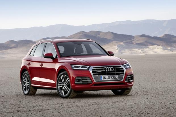 Audi Q5 Фамильные черты — это святое, но новый Audi Q5 похож на Q7 так сильно, что вряд ли и с