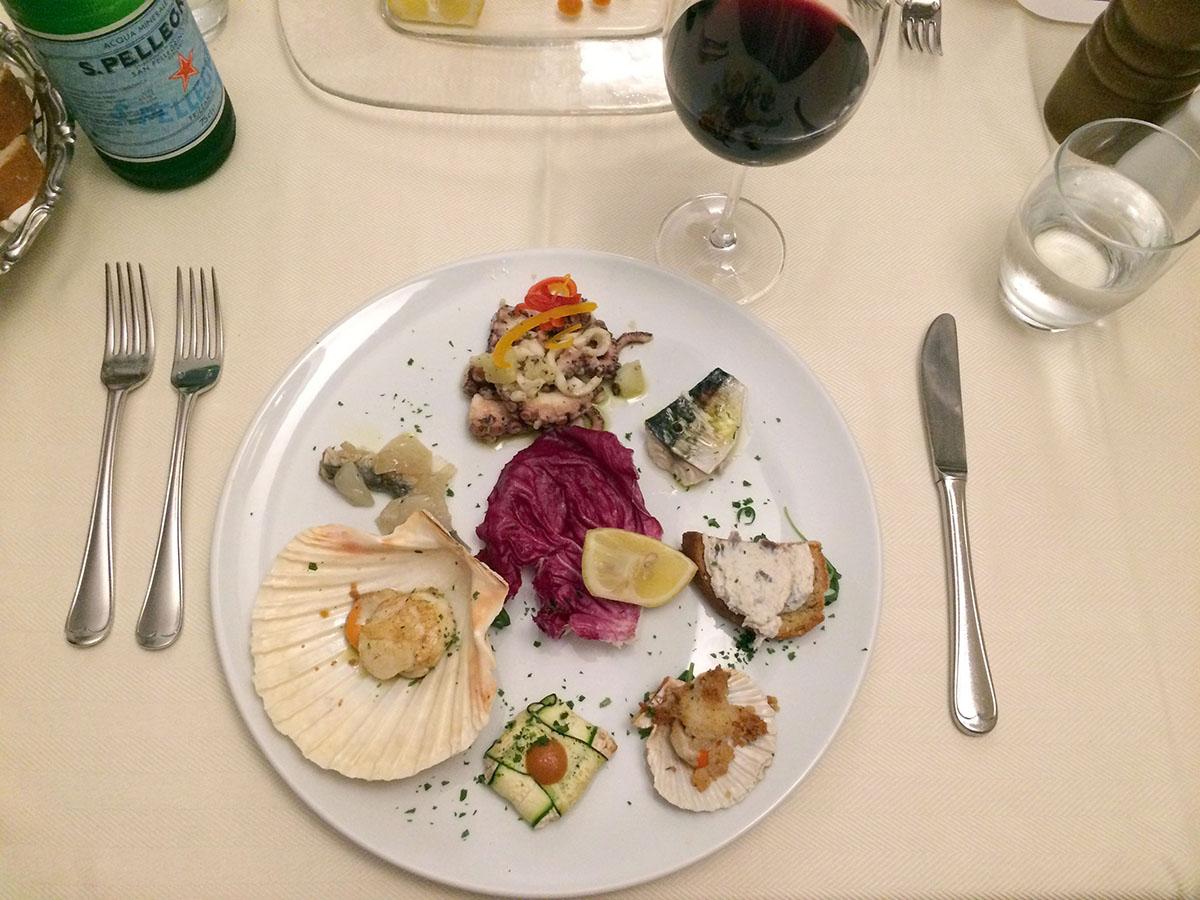 17. Преданность жителей Градо морю сформировала кухню островитян. Все специальные блюда — это рыба и